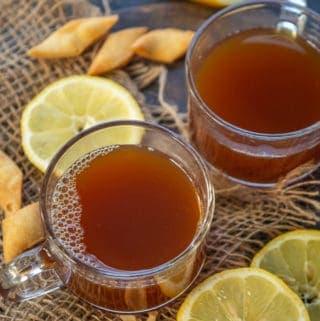 Lemon tea served in cups.