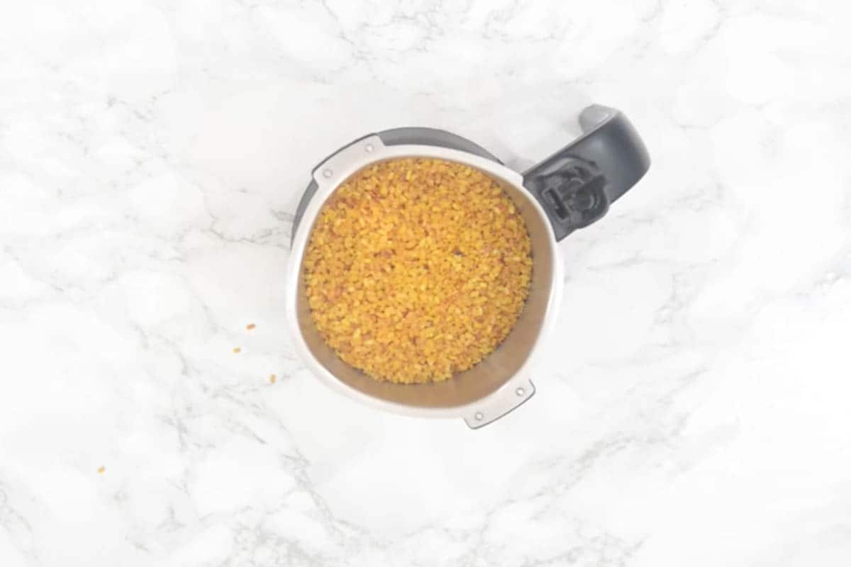 Roasted moong dal added in a grinder.