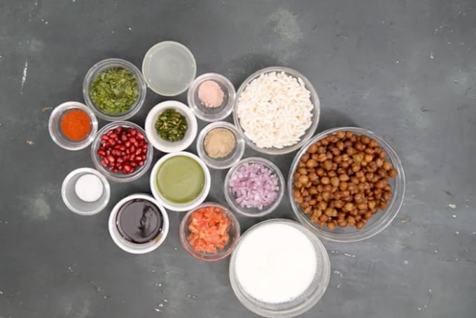Chana chaat ingredients.