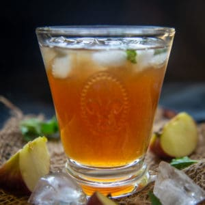 Apple Iced Tea is a refreshing beverage where the regular iced tea is flavored with apple soda. Here is how to make it.