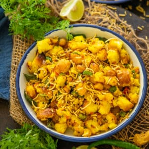 Bread Upma or Bread Poha is a tasty Indian breakfast recipe made using leftover bread slices. You can add veggies of your choice in this dish to make it healthier. Check out the recipe!