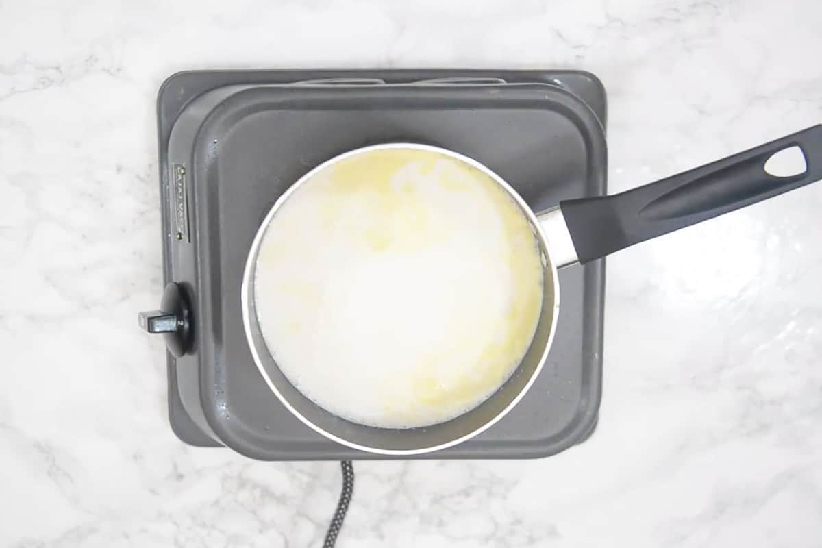 Custard mixture added in the pan.