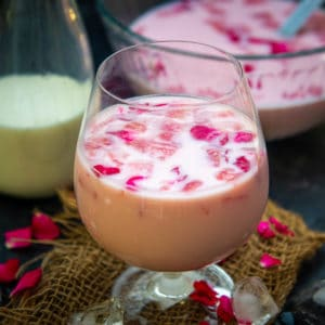 Mohabbat ka Sharbat is a refreshing Old Delhi style drink. It has the flavours from watermelon and rose syrup. Here is how to make it.