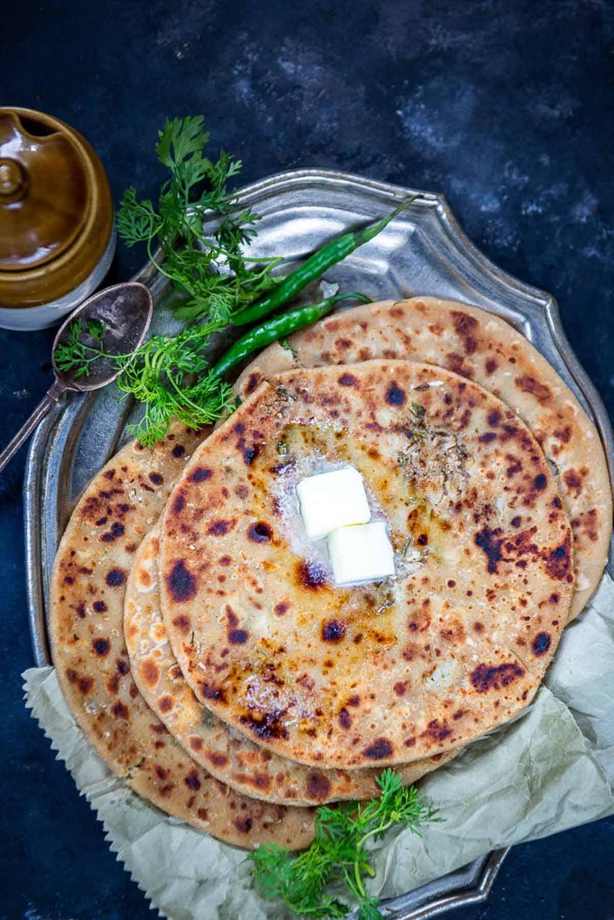 Gobi Paratha served on a plate.