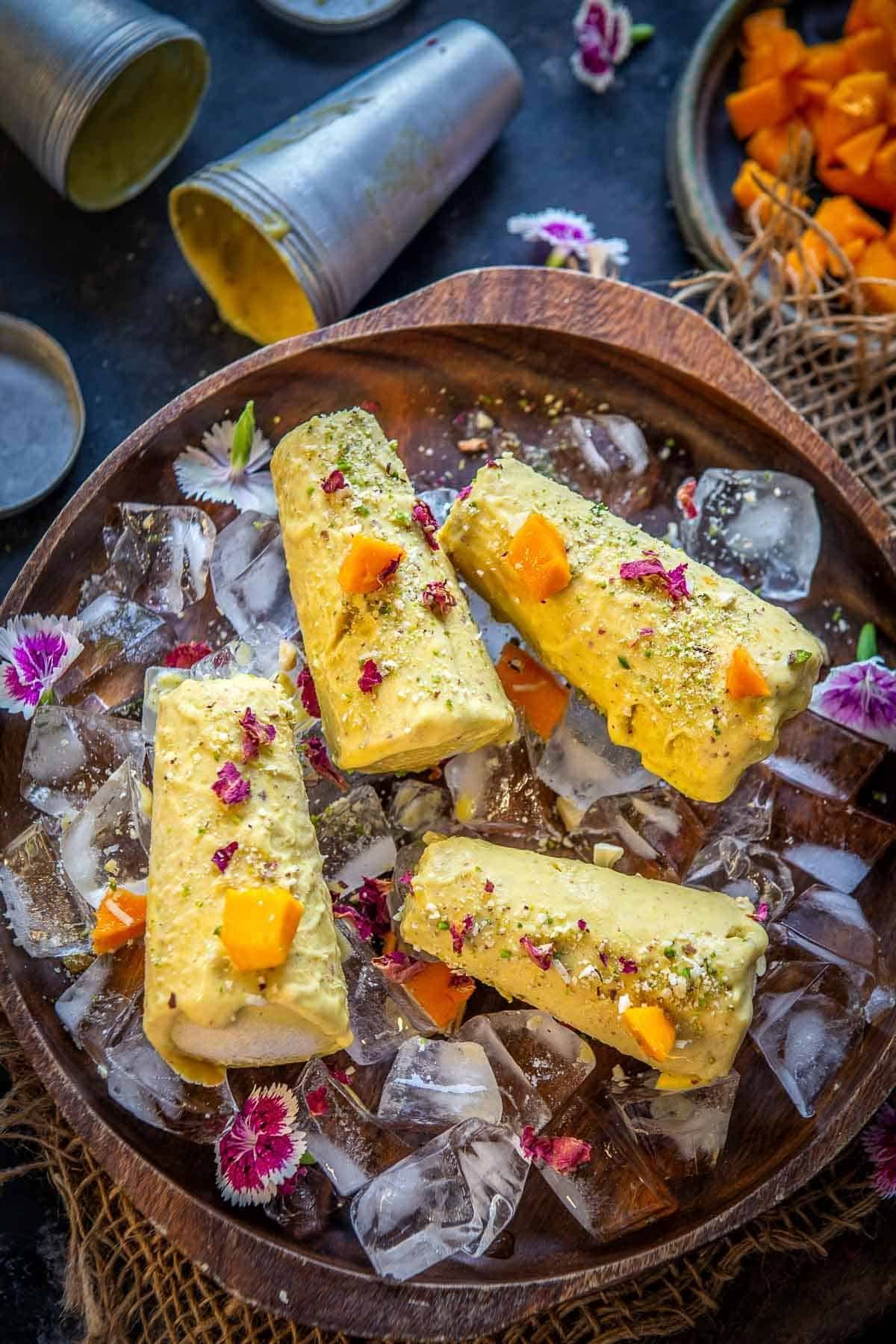 Mango kulfi served on a plate
