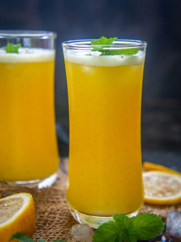 Make this super refreshing and easy pineapple juice at home in under 10 minutes. It is sweet and tangy with that perfect amount of tartness. This nutrient-rich beverage is apt to freshen you up in summers. Here is how to make it.