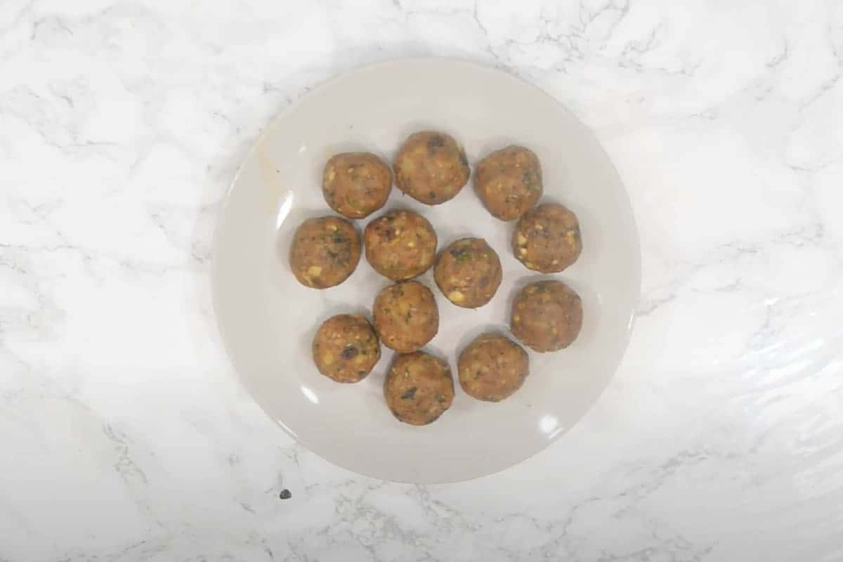 Small lime sized balls made from the filling.