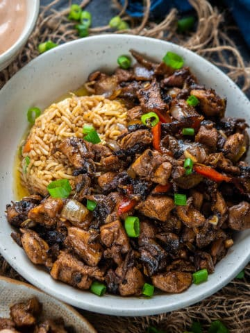 This Hibachi Chicken is an easy Japanese steakhouse style stir fry recipe. Serve this easy homemade chicken and vegetable dinner with fried rice and yum yum sauce.
