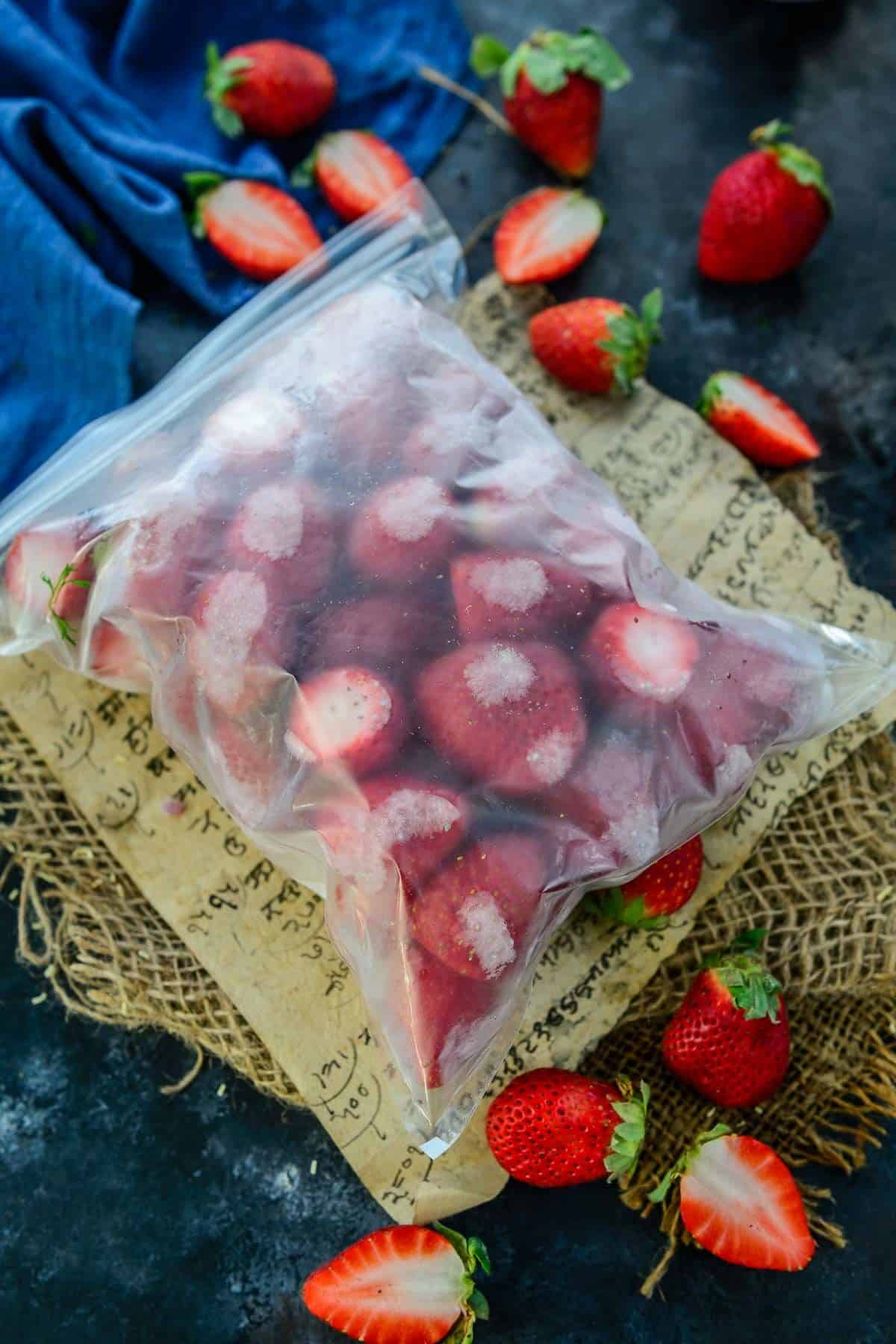 How to freeze strawberries.