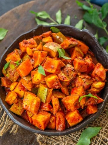 Insyant Kerala style mango pickle served in a bowl.