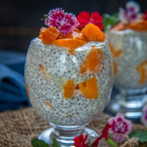 This creamy, delicious, and sweet mango chia pudding comes together in just 10 minutes using 5 ingredients. It's super healthy, loaded with fibers, and can be served for breakfast, snack, or dessert (gluten-free).
