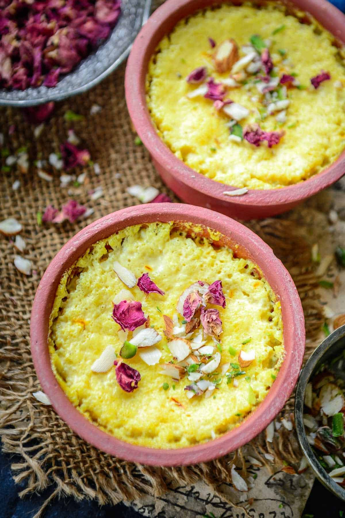 Phirni served in clay bowls.