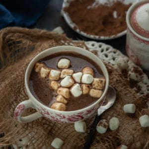 Made with real ingredients, this rich, creamy, and delicious, Instant Pot Hot Chocolate gets ready in under 10 minutes. Make this gluten-free drink for cold winter evenings.