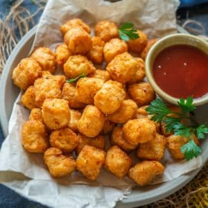 These air fryer tater tots are just the best! They are super crispy, come together in under 15 minutes, uses very little oil and there is no preheating the oven.