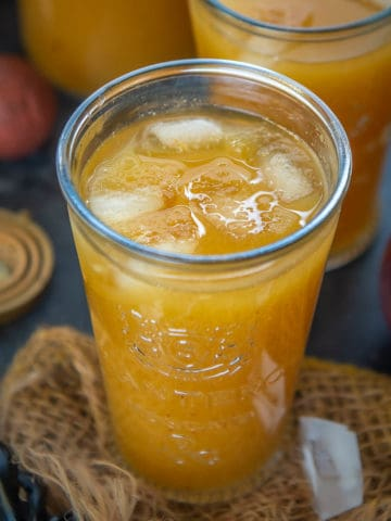 Pumpkin Juice is a copycat non-alcoholic punch from the wizarding world of Harry Potter at universal studios. Serve it cold or warm or spike it with some alcohol for an adult version, this fall drink is going to be a hit.