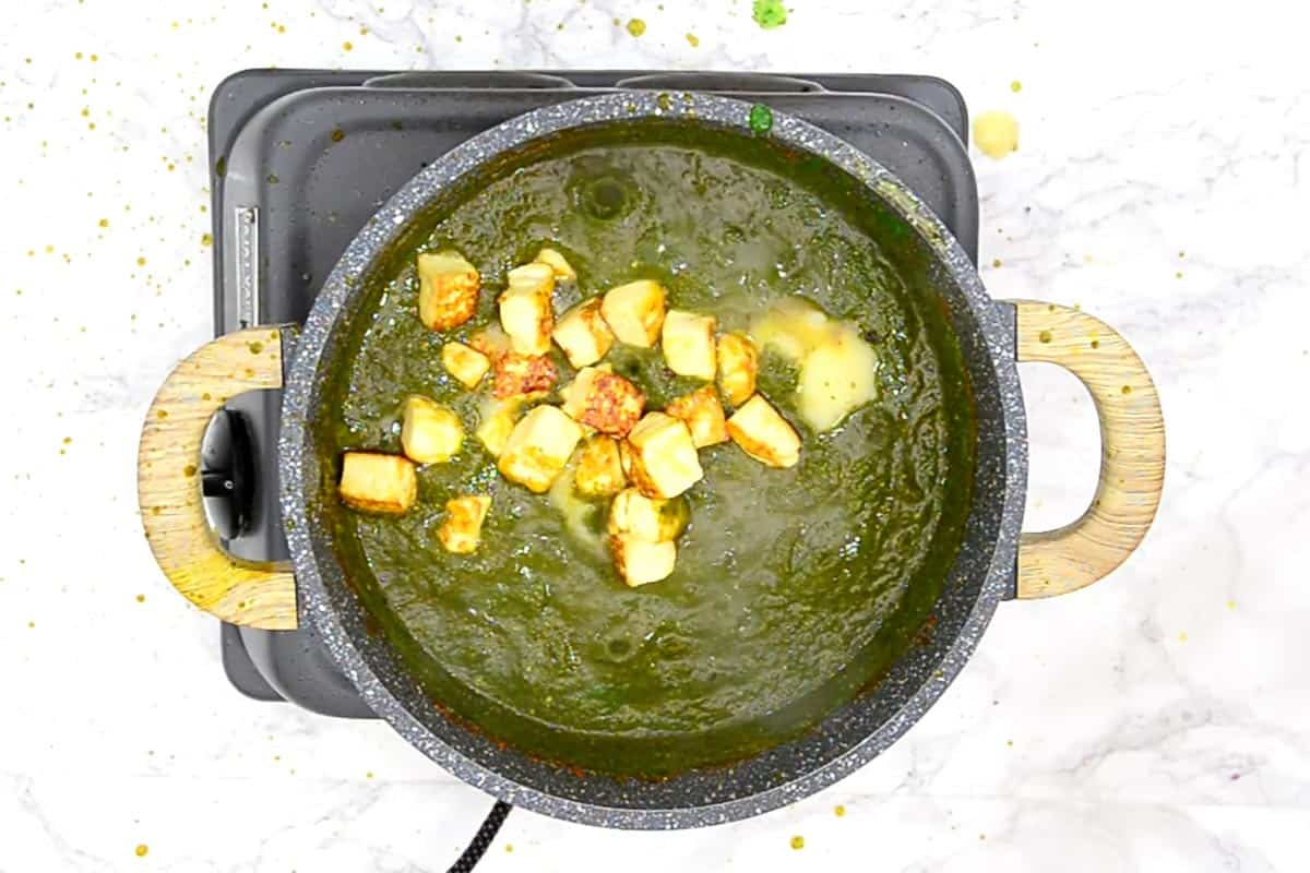 Paneer cubes re-added to the pan with lemon juice