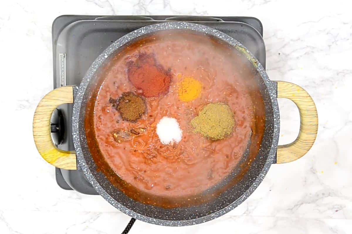 Dry masala powder added to the pan