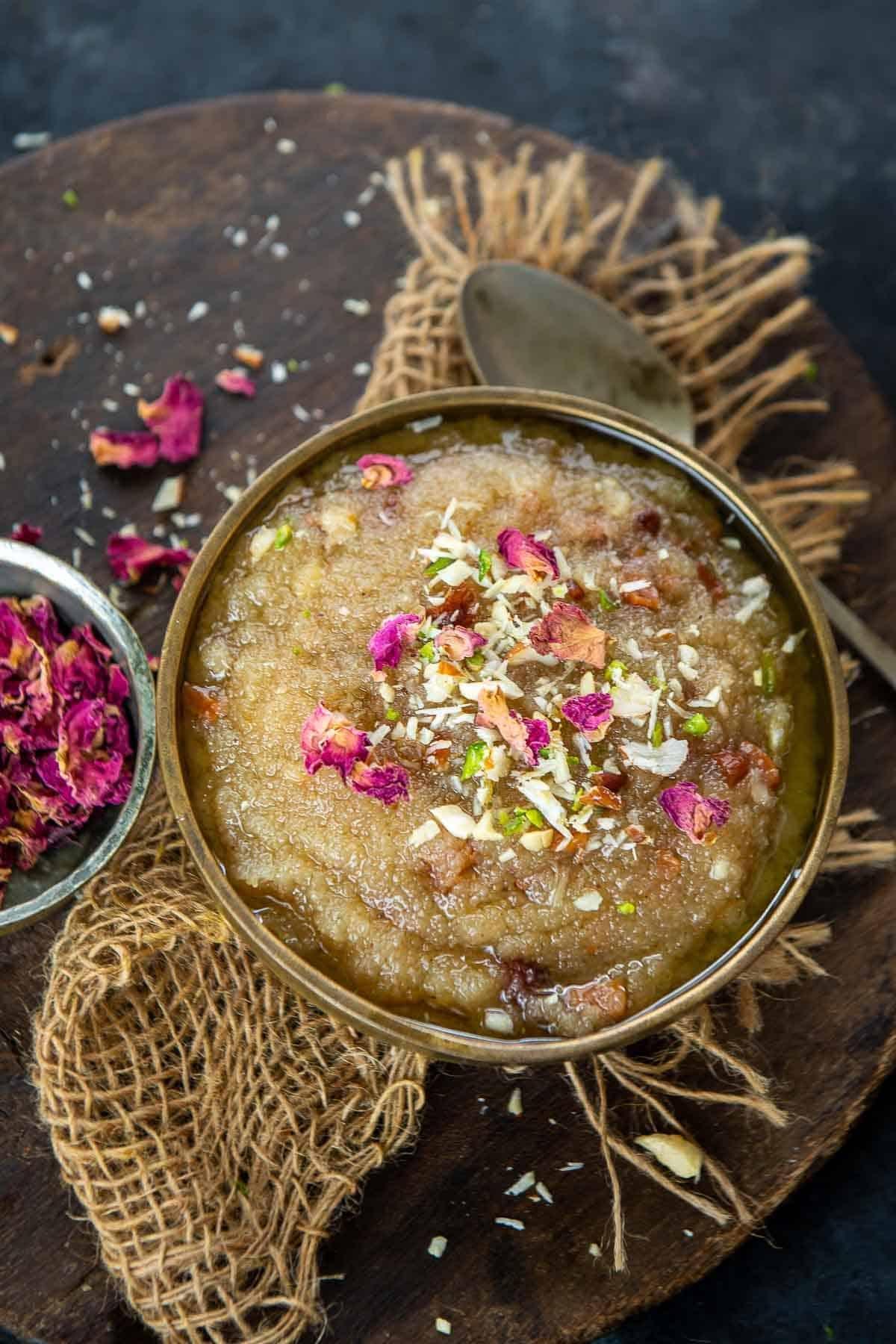 Sooji halwa served in a bowl.