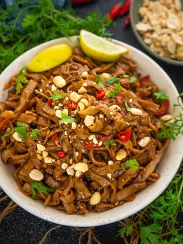 Make these delicious, fuss-free instant pot pad Thai noodles in less than 30 minutes. This recipe is better than take-out, one pot, vegan and gluten-free)