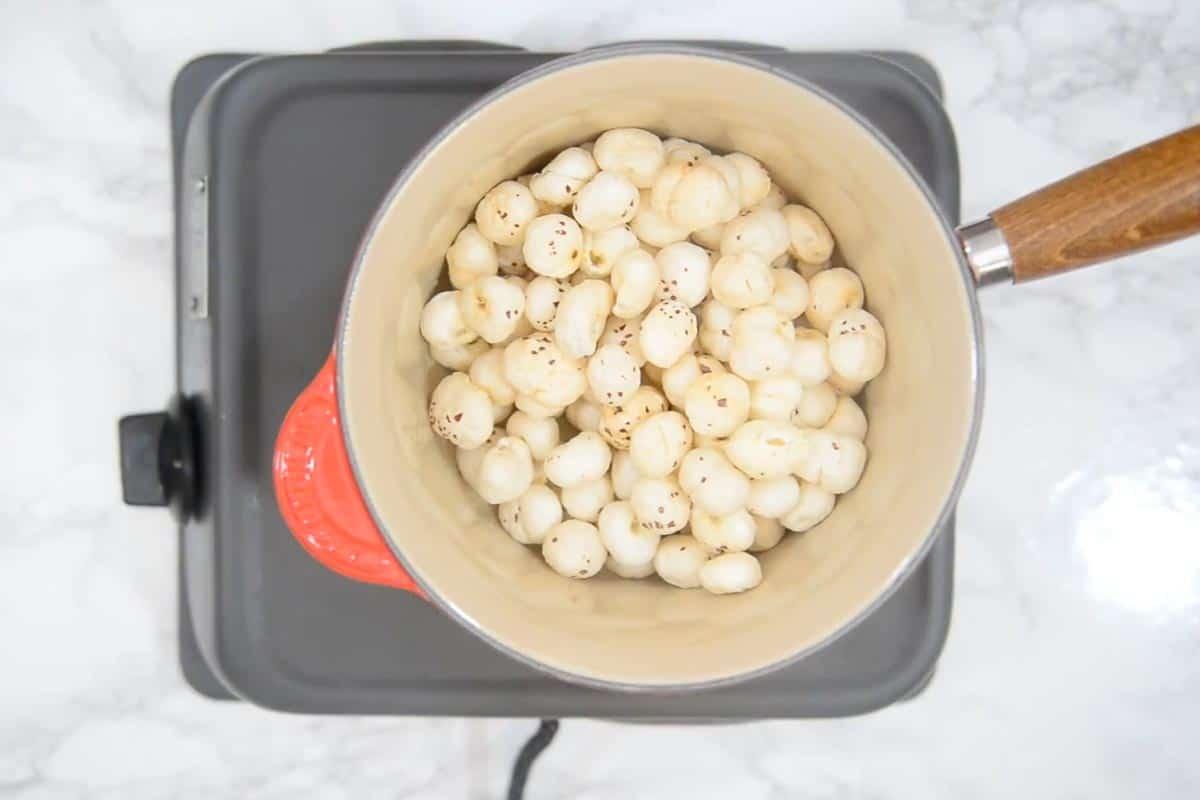 Makhana roasting in ghee.