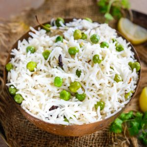 Peas Pulao or Matar Pulao is a quick, filling, one-pot, flavorful rice dish that is nutritious as well as takes care of your carb cravings. Made using green peas, long grain rice, and a few spices, this dish can be made in under 30 minutes using pantry staples (gluten-free).