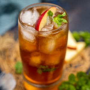 Apple iced tea is a refreshing beverage made by flavoring regular iced tea with apple juice or apple soda. Here is how to make it.