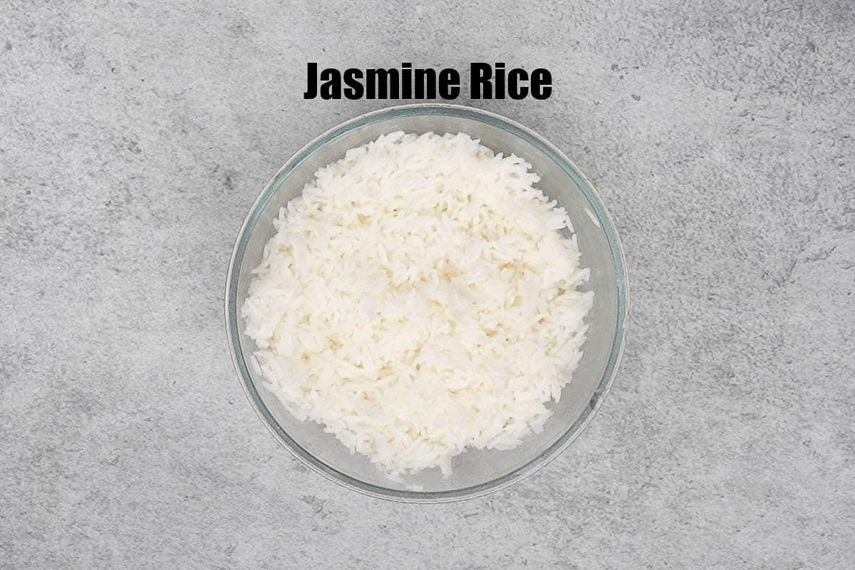 Thai fried rice ingredients.