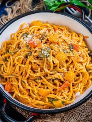 Cajun Spaghetti should definitely be on your menu this weekend. It is creamy, spicy, and gets ready in under 20 minutes. Here is how to make it.