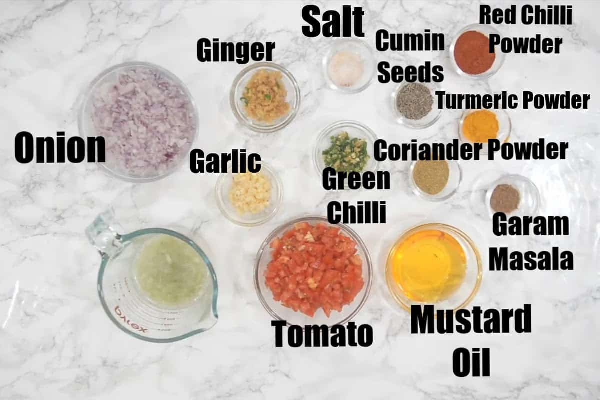 Lauki kofta gravy ingredientss.