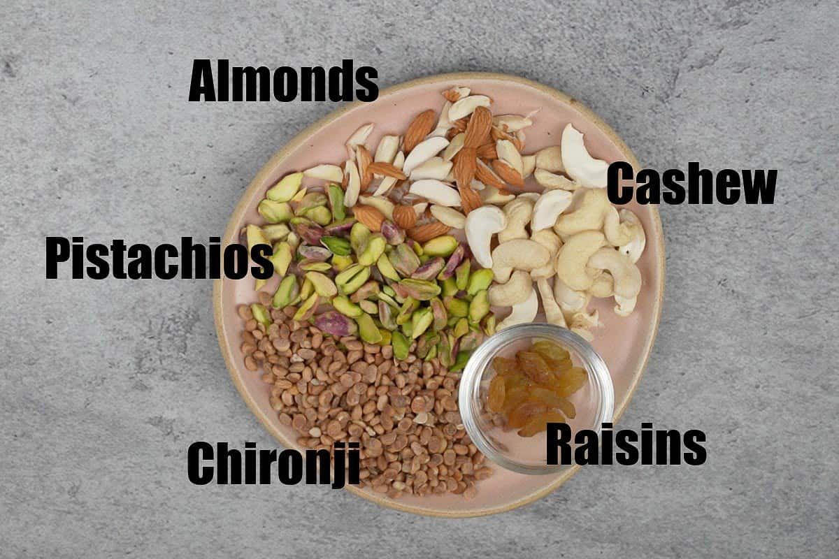 Prepared nuts and dry fruits to make sheer khurma.