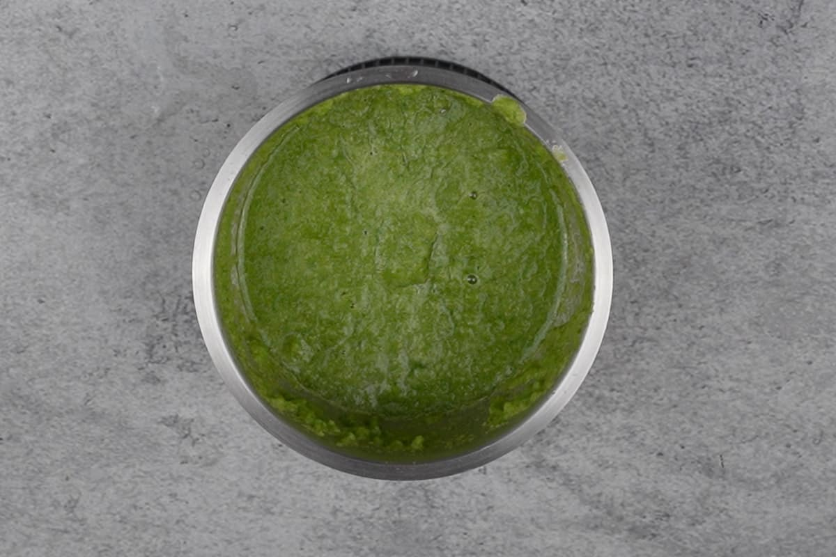 Smooth green paste.