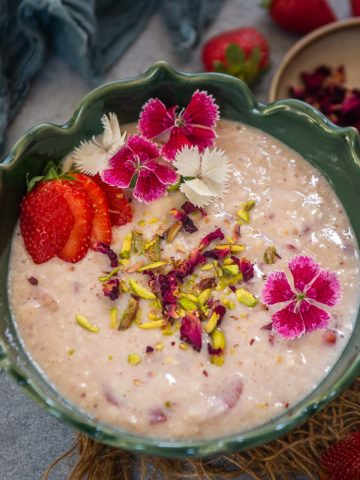 Bored of preparing traditional rabdi at home? Then try this new version, strawberry rabdi which is loaded with both strawberry puree and chopped strawberries. It is creamy, fruity, and needs very few basic ingredients. Here is how to make it.