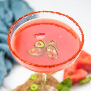 Sipping on this sweet and spicy watermelon margarita is the best way to spend your summer weekends! 6 ingredients and 5 minutes are all you need to bring it together.